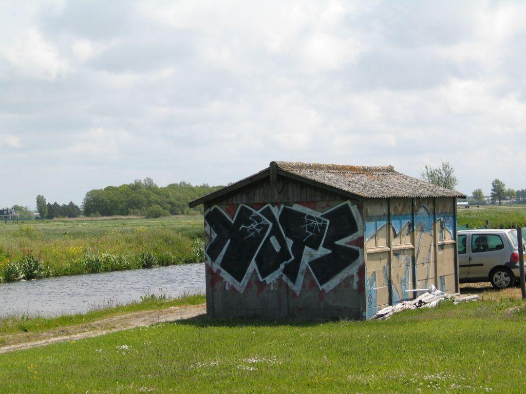 Foto Landschuurtje Leeweg bij no. 19 Noordwijkerhout Foto Werkgroep Bollenerfgoed kl