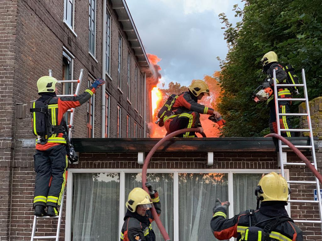 VoorLoos 008 brand 1 juli 2019 D at7zPWsAAgmn3