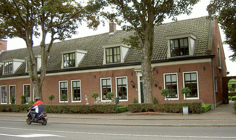 Weeresteinstraat 147-149, Hillegom