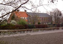 Stationsweg 1-3, Lisse