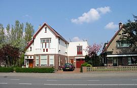 Rijnsburgerweg 74, Oegstgeest
