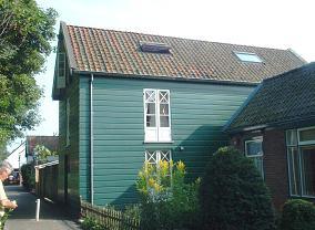 Burg. Nederburghlaan 10, Warmond